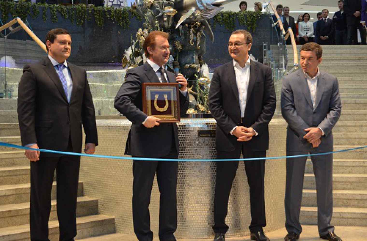 Shopping and entertainment center Ocean Plaza is officially opened