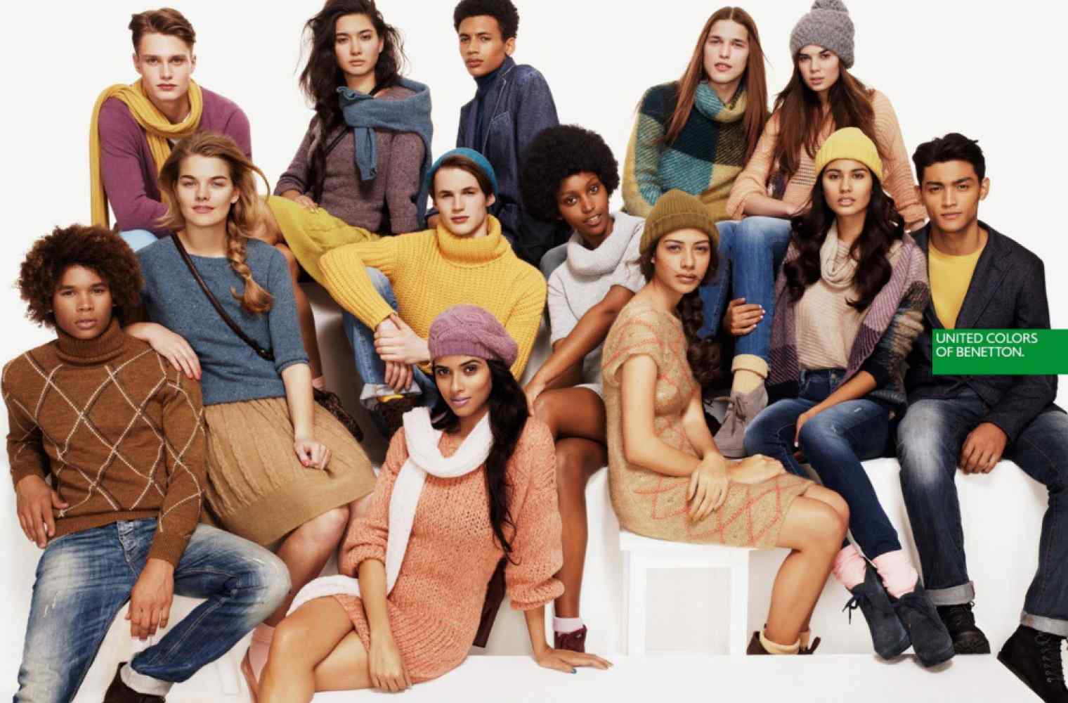 All the colors of UNITED COLORS OF BENETTON fashion in Shopping and entertainment center Respublika